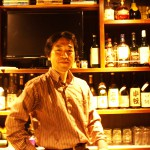 Salaryman-turned Rock Bar Proprietor Discusses his 'Roundabout'